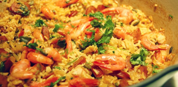 Home » entrees » easy shrimp and chorizo paella